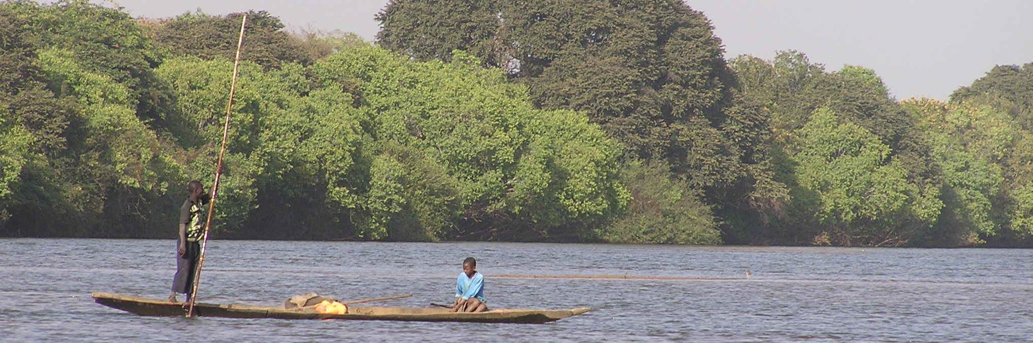 Foto Baro Boot auf dem Fluss